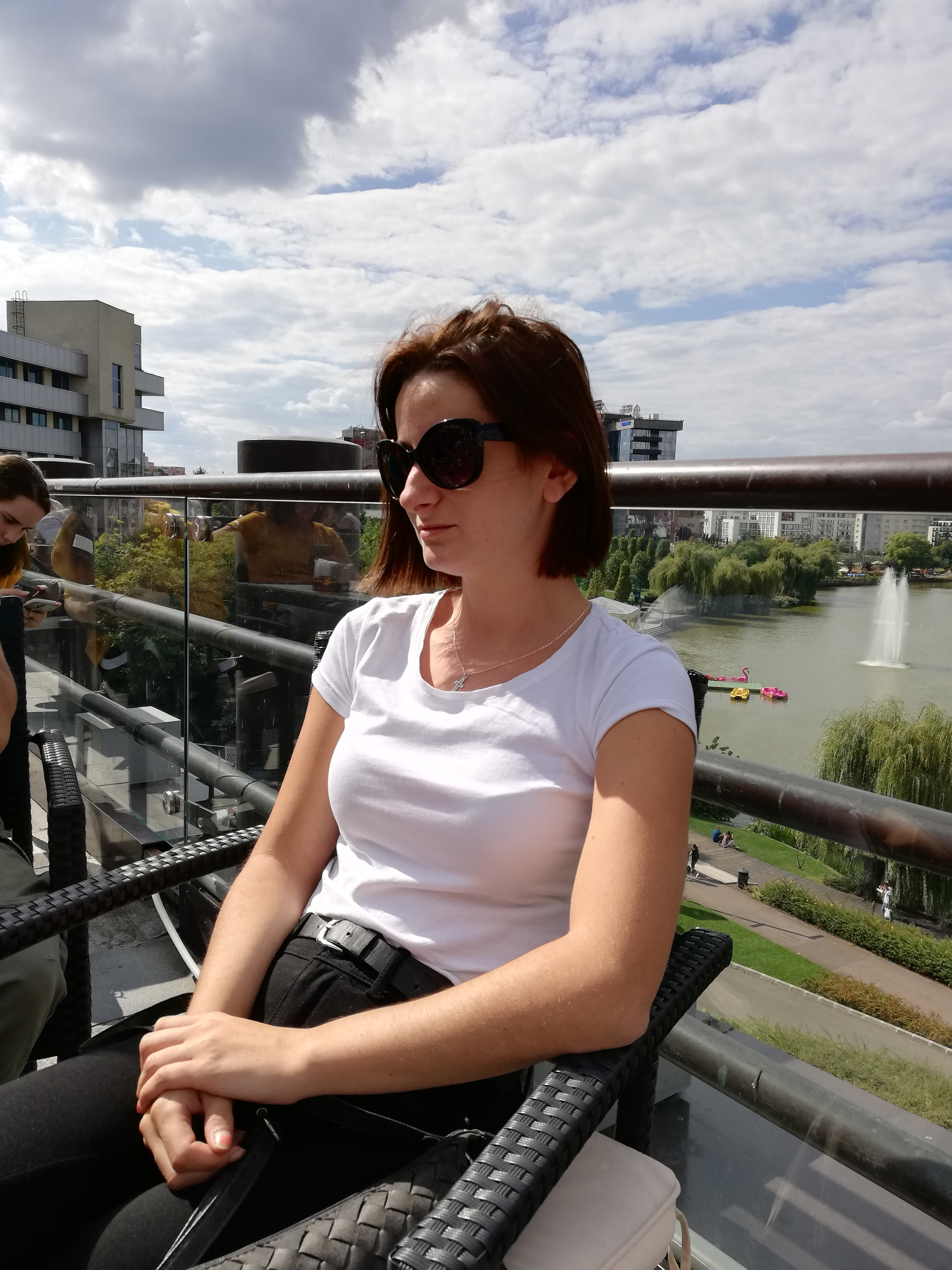 Secretary - Cariga Andreea
